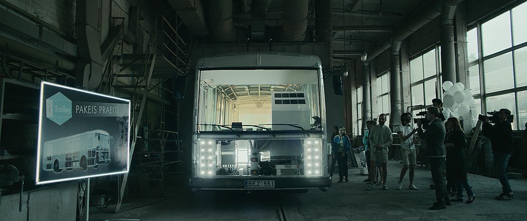 trolleybusman-triplenode-06